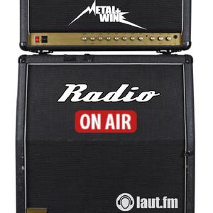 Radio metal-and-wine